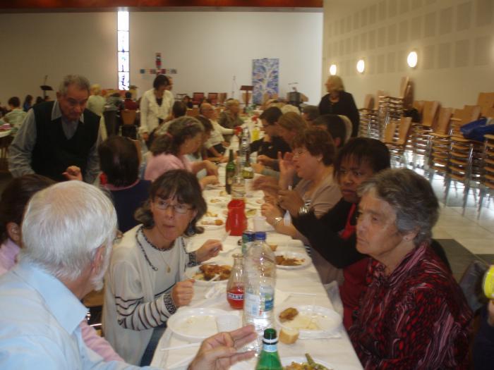 Dimanche 9 octobre 2011 journ e de rentr e de la paroisse for Repas dimanche midi entre amis