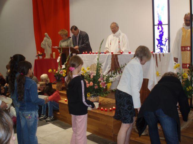 Messe de rentr e le 23 septembre 2007 - Laisserons nous a notre table paroles ...